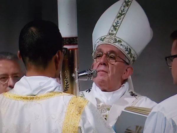 cero pasquale veglia pasquale Papa Francesco